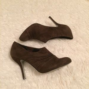 JS by Jessica JP Peanut Ankle Boots Brown Suede